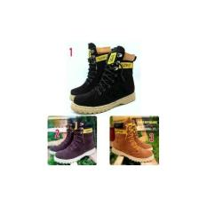 Caterpillar Boots For Woman Sepatu Trendy Cewe Buat Main Keren #Kickers #Boot #Traveling #Outdoor #Adventure #Gaya #Santai