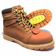 Caterpillar Cat Sepatu Hiking Tracking Shoes - Nigger Brown