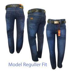 Review Pada Celana Jeans Pria Celana Panjang Jeans Pria Reguler Biru Wash