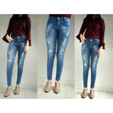 celana jeans wanita robek pakai puring