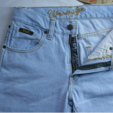 Harga Termurah Celana Jeans Wrangler Fit Reguler Standar Biru Muda