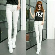 celana putih cewek model terbaru dan terkini
