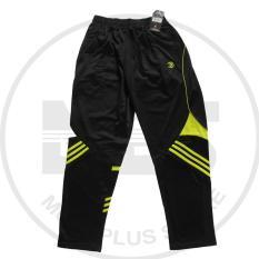 celana training merk athlet warna hitam garis hijau