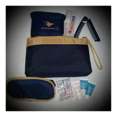 Review Pada Clarins Travel Kit Series Dompet Pouch Amenity Airlines By Garuda