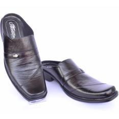 Harga Crocodile Sandal Selop Kulit Sandal Pria Branded Sandal Pria A13 Hitam Merk Crocodile
