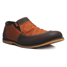 Model D Island Shoes Slip On Vintage Wrinkle Leather Cokelat Tua Terbaru