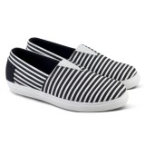 Distro Vd 173 Sepatu Casual Wanita Slip On Hitam Putih Distro Diskon
