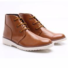 Beli Dr Kevin Sepatu Boots Pria 1041 Tan Desain Simpel Elegan Nyaman Dipakai Nyicil