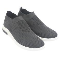 Dr Kevin Sepatu Casual Pria 13320 Abu - Outdoor Men fashion Sneakers - Nyaman dipakai