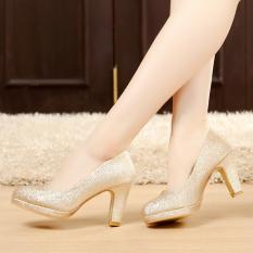 Rp 288.400. Warna Emas pengantin Sepatu Sepatu Hak Tinggi perempuan Hak  Tebal Sepatu mempelai wanita Platform tahan air pengiring ... c8e6e465a7