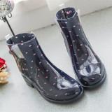 Toko Fashion Martin Boots Hujan Wanita Dia Gum Tahan Terhadap Udara Rainshoes Rian Dot Hitam With Yang Bisa Kredit