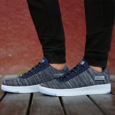 Fashion Pria Kasual Nyaman Bernapas Sepatu Olahraga (Grey)-Intl