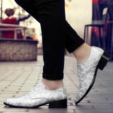 Busana Pria Pola Kulit Ular Kulit Rendah Memotong Sepatu Luxury Genuine Leather Sepatu (Perak)-Intl