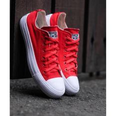 Review Fashion Sepatu All Star Pria Dan Wanita Merah