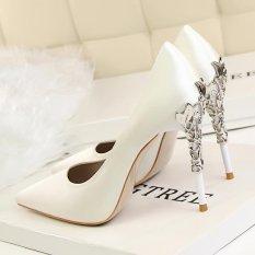 Toko Fashion Bertumit Tinggi Sepatu Tipis Tumit Wanita Pernikahan Sepatu Menunjuk Toe Wanita Pompa Ditutup Toe High Heels Wanita Sepatu Putih Murah Tiongkok