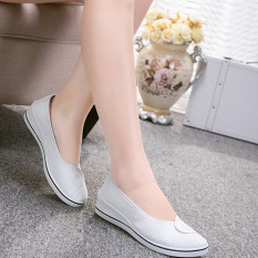 Female with slope Comfortable Soft Work shoes Beauty Dance Canvas shoes White
