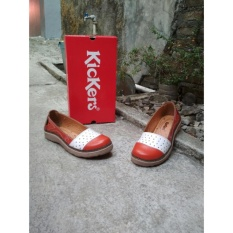 Flat Shoes Batik Merah Putih Kickers