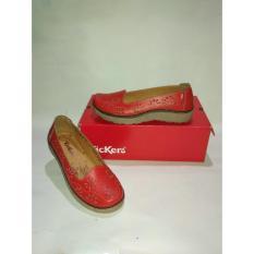 Beli Flat Shoes Kickers Merah Motif Bunga Bunga Kickers Murah