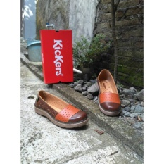 Beli Flat Shoes Kickers Woman Brown Orange Yang Bagus