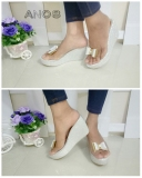 Perbandingan Harga Flower Sepatu Wedges Wanita Perak Flower Di Indonesia