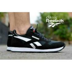 Free Ongkir! Sepatu Reebok Casual Pria Best Seller
