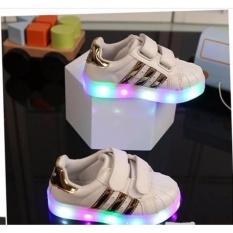 Freeshop Daldas Kids Unisex Sepatu Anak Dengan Lampu LED Motif Stripe - Gold