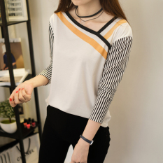 Xianyuansu Kaos Wanita Trendi Lengan Panjang Motif Salur Kerah Miring Warna Putih (174 (putih))