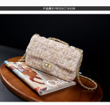 Jual Gaya Channel Korea Fashion Style Wol Perempuan Rantai Perhiasan Jinjing Persegi Kecil Tas Besar Warna Hitam Putih Tas Tas Wanita Tas Selempang Wanita Tas Mini Wanita Import