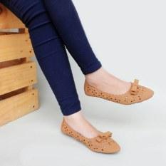 Model Gratica Sepatu Flat Shoes Am49 Tan Terbaru