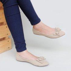 Gratica Sepatu Flat Shoes KH28 - Cream