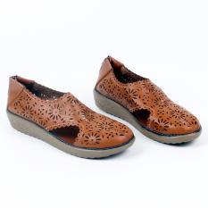 Beli Grivera Sepatu Wanita Flat Shoes Laser My22 Tan Grivera Shoes Asli