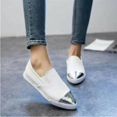 Harga Promo !!    Sepatu Wanita Poxing Slip On Replika Miu Miu Marshmallow Ujung Lancip Ter-MURAH