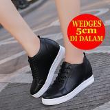 Beli Hidden Wedges Sneakers Wanita Bd04 Hitam Kredit