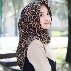 hijab jilbab kerudung segi empat leopard macan square MAXMARA