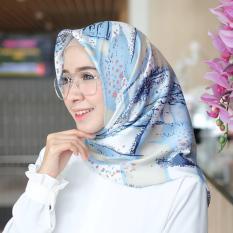 Beli Hijab Kerudung Segi Empat Cotton Silk Art Jilbab Cicilan