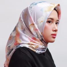 Beli Hijab Kerudung Segi Empat Velvet Silk Askia Purple Jilbab Hijab Online