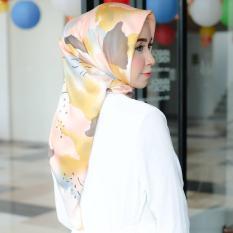 Hijab - Kerudung Segi Empat - Velvet Silk - Candy / Jilbab