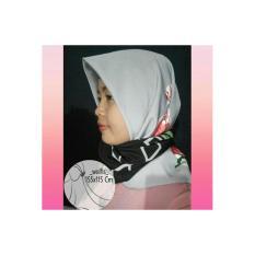 Spesifikasi Hijab Segi Empat Paling Bagus