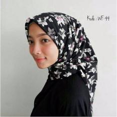 Harga Hijab Segi Empat Motif Wolfis 110X110 Dan Spesifikasinya