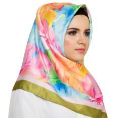 Hijabstore - Moshaict By Itang Yunasz AL 080 - Putih Motif Daun