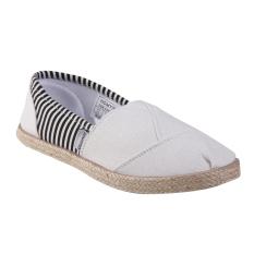 Homypro D 002 Slip On Shoes - White