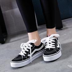 In Sepatu kanvas ulzzang Sepatu kanvas yang tepat Zhilong ayat yang Pemotretan Jalanan Hitam Kecil Sepatu sepatu model Korea putih Sepatu bola Sepatu siswa