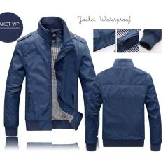 Jaket Pria Waterproof Blue Polos. Tersedia Logo All Club Bola. Promo Jaket Murah Bandung. Jaket Parasut Model Terbaru. Jaket Bomber Polos