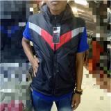 Harga Jaket Rompi Parasut Pria Polos Cocok Buat Motor Gradasi Hitam Merah Jaket Pria Dki Jakarta