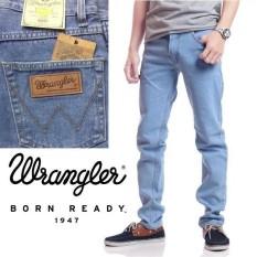 jeans pria wrangler ice blue celana jeans pria wrangler