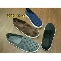 Ulasan Jelly Shoes Sepatu Pria Luofu Karet Import Slip On 6005 40 44