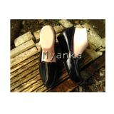 Cara Beli Myanka Jelly Shoes Wedges Collin Hitam