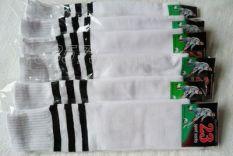 Kaos Kaki Sepak Bola Kaus Kaki Olahraga Kaos Kaki Sepak Bola (Warna Dasar Putih Sisi Hitam)