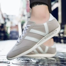 Kebugaran Korea Fashion Style Kulit Matte Siswa Laki-laki Sepatu Pria Sepatu Cortez Nike (