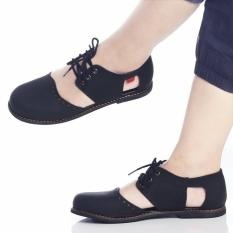Kickers Hitam Sepatu Kode 023 - KW